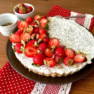 CHEESECAKE ALLE FRAGOLE con RICOTTA e YOGURT GRECO